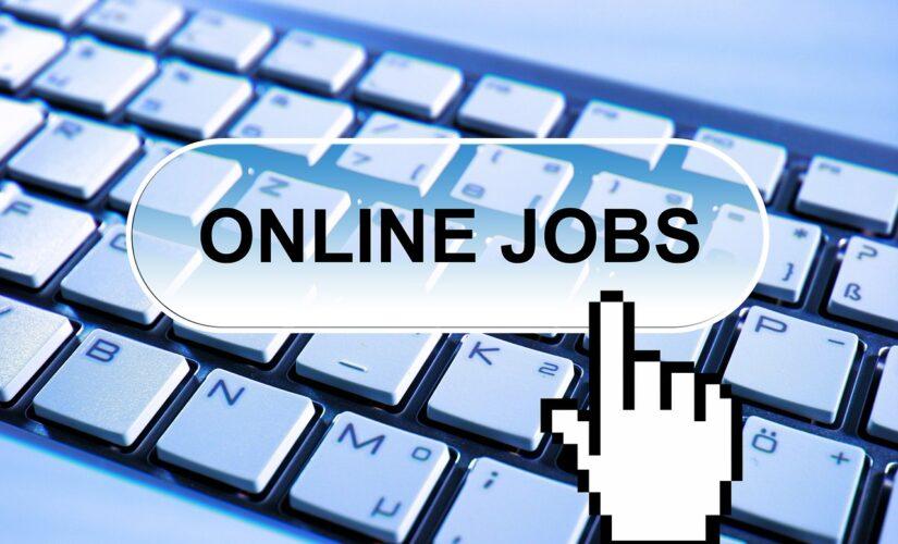 Über 600 Stellenangebote im Monat Juli Online